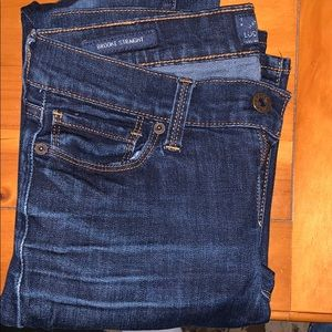 Gently worn Lucky Brand straight leg jean